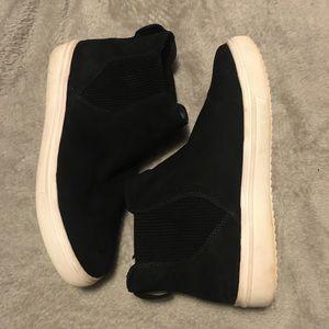 BN STEVEN by Steve Madden Slip on Sneakers